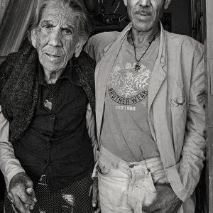 LA SEÑORA MARÍA Y SU HIJO JUAN TORRES